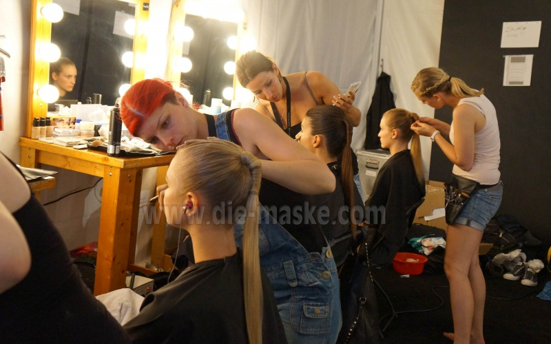 backstage (5)